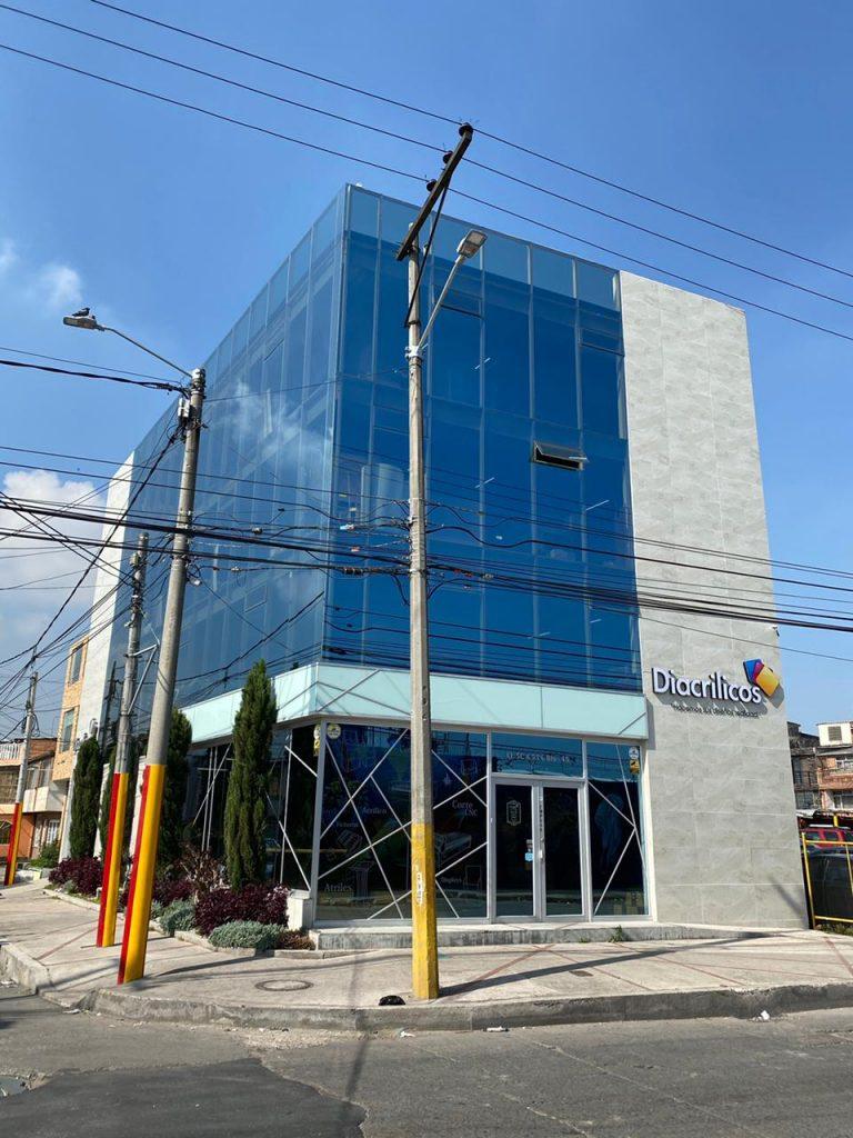 Etiqueta Alt: Empresa acrílicos Bogotá, Diacrílicos